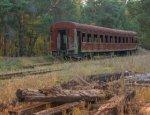 «Укрзализныця» кладет болт: ржавые вагоны — это еще не предел