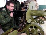 Экономически шок: Медведев призвал бизнес к «пролетарской прямоте» 90-х…
