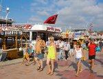 Курортные страсти: почему российские туристы не испугались турецкого путча?