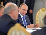 Владимир Путин принимает участие в заседании Совета ЕЭС
