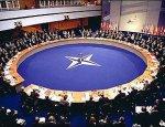 НАТО в панике: их могут заставить платить