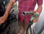 Бензин ползет вверх: что может сдержать рост цен на топливо?