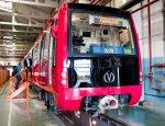 Малиновый «юбилейный» поезд поразит воображение пассажиров метро
