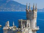 Русские рванули в Крым: квартиры на полуострове скупают как горячие пирожки