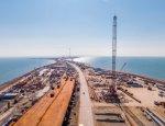 Абсолютный успех: судоходные арки Крымского моста запечатлели на проездных
