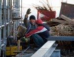 Украинские рабочие в Латвии: не вышел на работу – полный офис пограничников