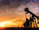 Цены на нефть упали почти на 3%