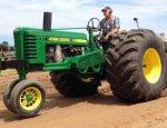 Тракторы США на укропрошивке: фермеры вынуждены использовать нелегальное ПО