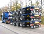 Для экстремальных условий: в России разработали сложный контейнеровоз